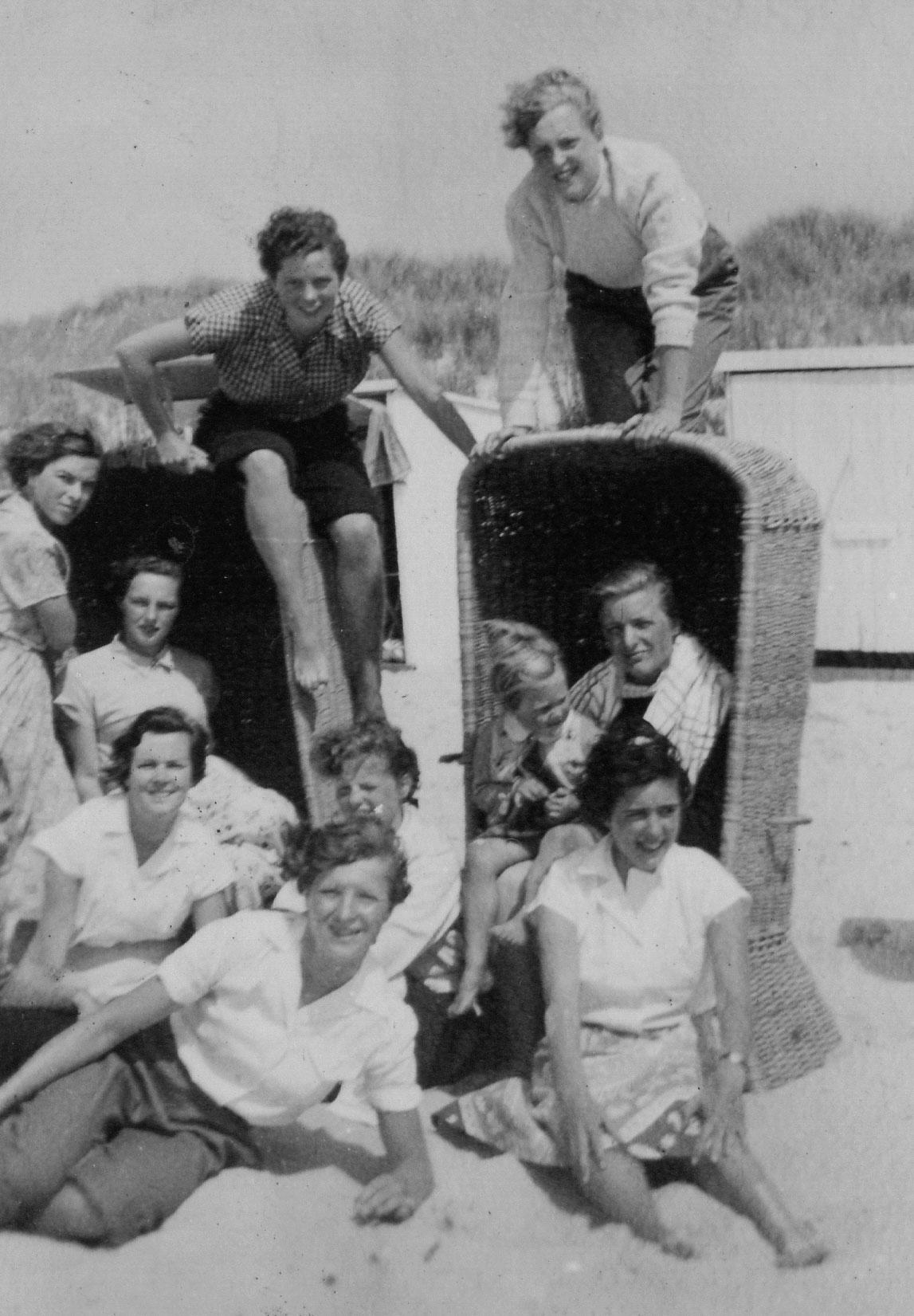 Examenklas aan het strand 1952
